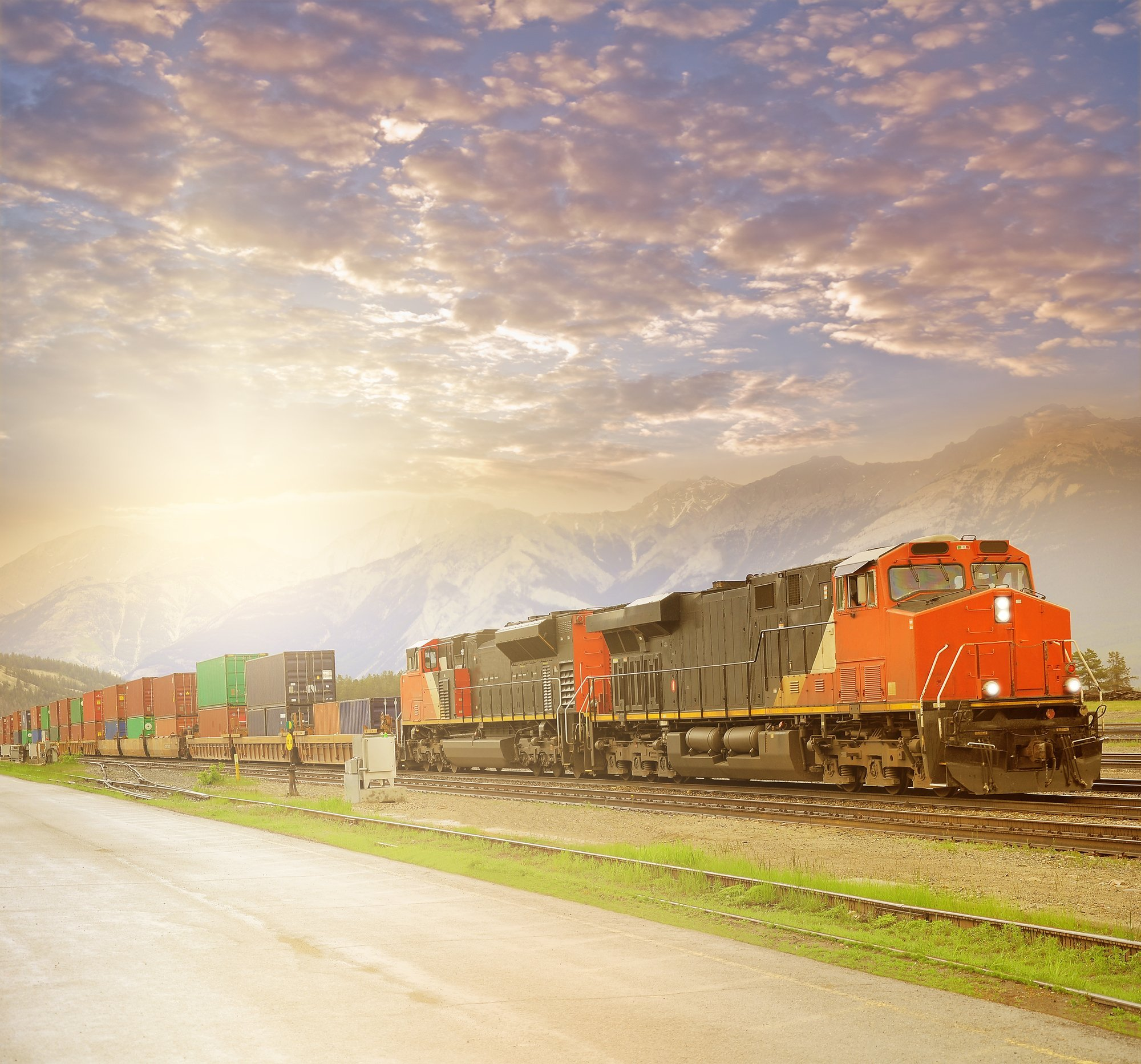 3PL Company Orchestrating Your First Intermodal Shipment